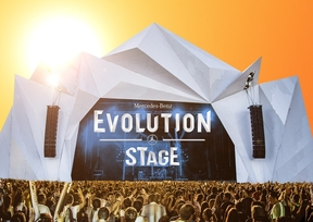 Mercedes-Benz Evolution Stage Rock in Rio USA